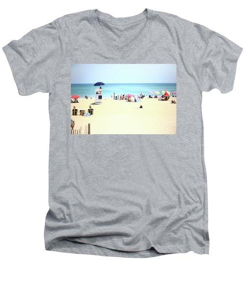 Nags Head Men's V-Neck T-Shirt