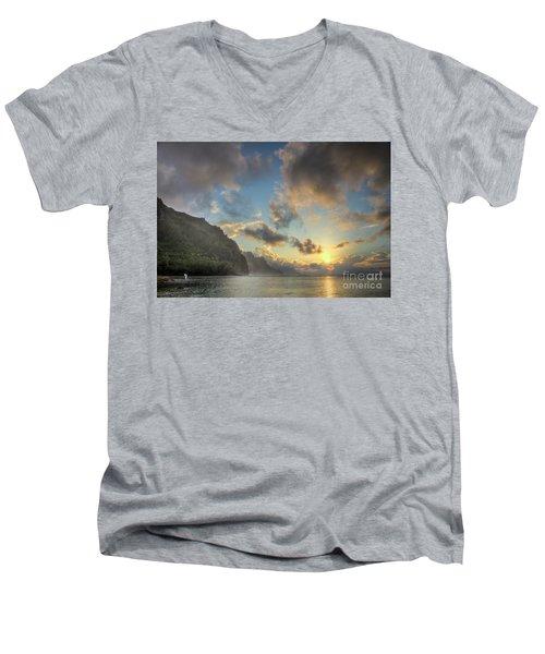 Napali Coast Sunset Kauai Men's V-Neck T-Shirt