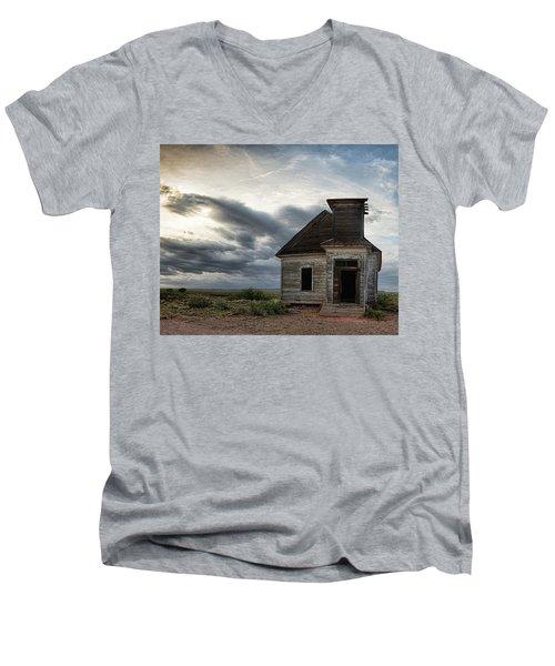 New Mexico Church Men's V-Neck T-Shirt