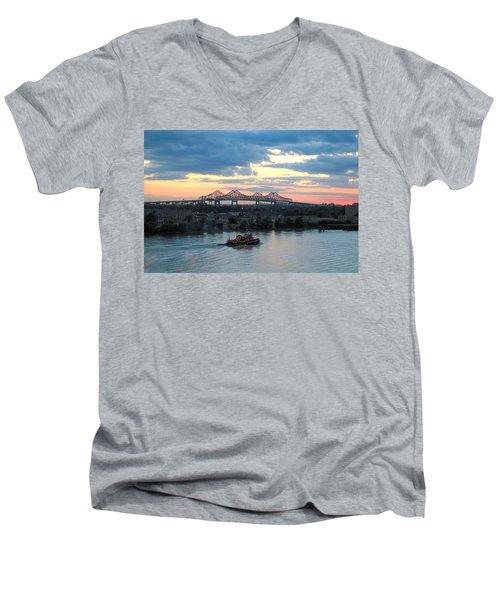 New Orleans Riverfront Men's V-Neck T-Shirt