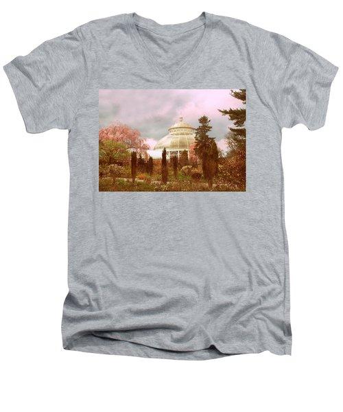 New York Botanical Garden Men's V-Neck T-Shirt