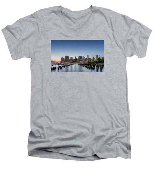 New York City Dusk Men's V-Neck T-Shirt