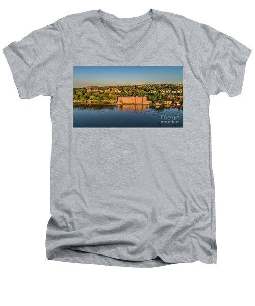 Newburgh Waterfront At Sunrise 2 Men's V-Neck T-Shirt