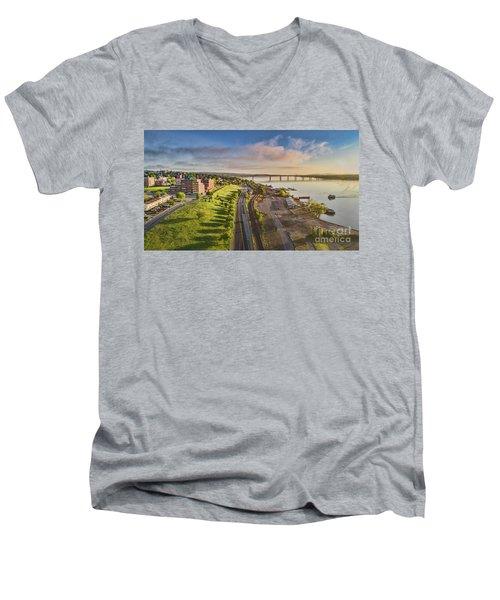 Newburgh Waterfront Looking North Men's V-Neck T-Shirt