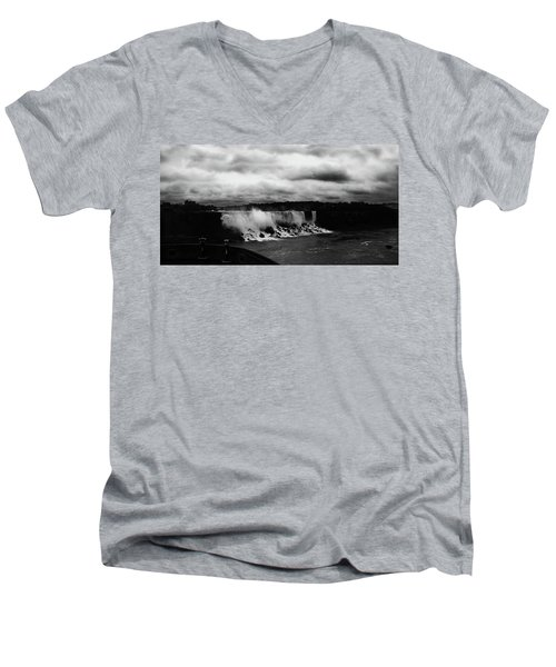 Niagara Falls - Small Falls Men's V-Neck T-Shirt