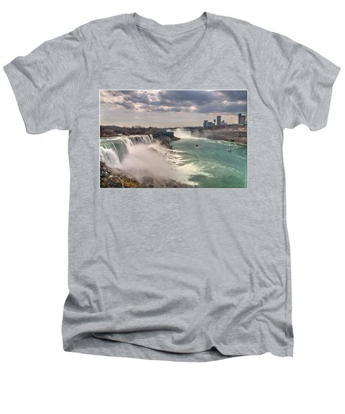 Niagra Waterfalls Men's V-Neck T-Shirt