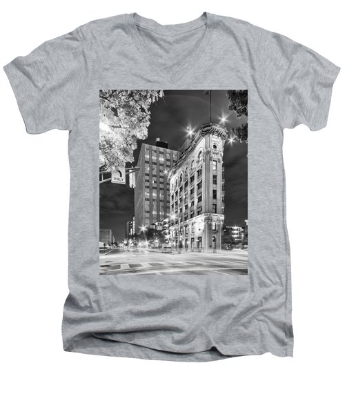 Night Photograph Of The Flatiron Or Saunders Triangle Building - Downtown Fort Worth - Texas Men's V-Neck T-Shirt