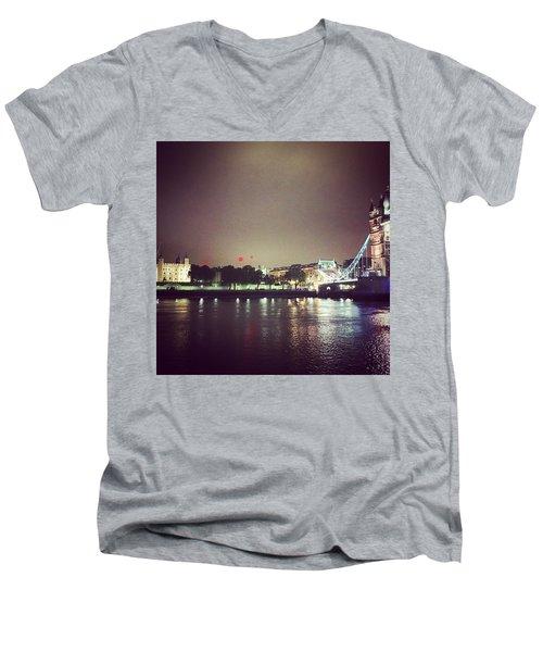 Nighttime In London Men's V-Neck T-Shirt
