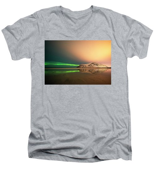 Northern Light In Lofoten Nordland 5 Men's V-Neck T-Shirt