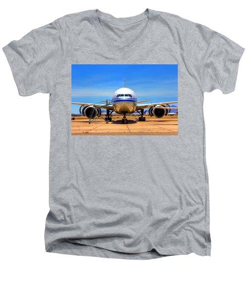 Nose Men's V-Neck T-Shirt