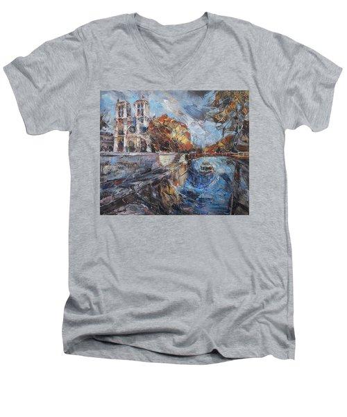 Notre-dame De Paris Men's V-Neck T-Shirt