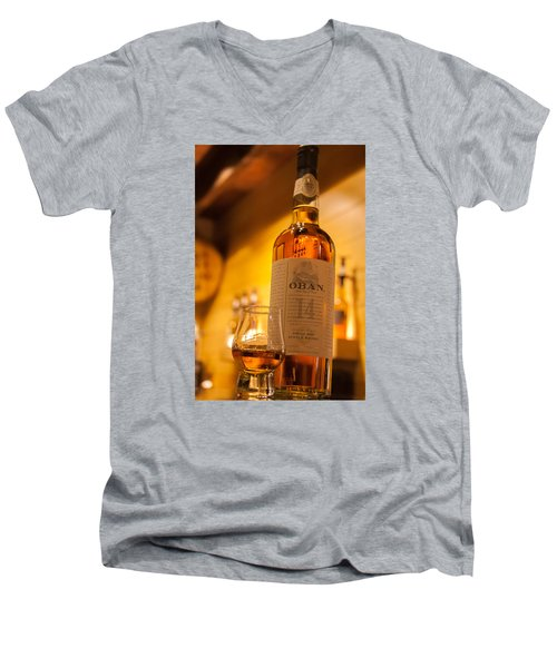 Oban Whisky Men's V-Neck T-Shirt