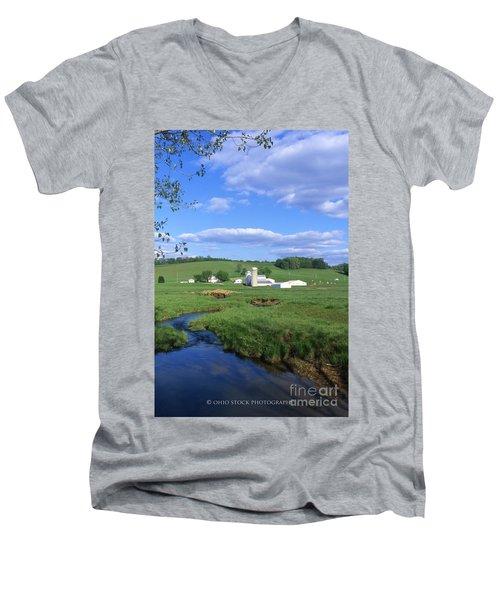3d203 Ohio Farm Photo Men's V-Neck T-Shirt