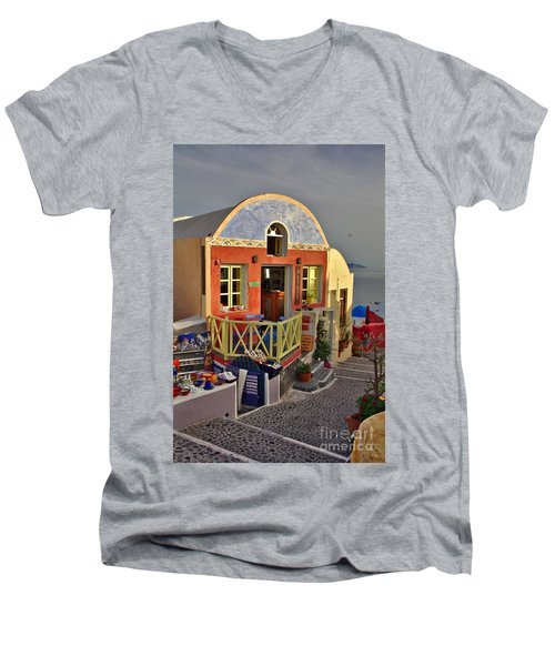 Oia Pub Men's V-Neck T-Shirt