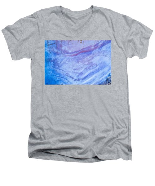 Oil Spill On Water Abstract Men's V-Neck T-Shirt