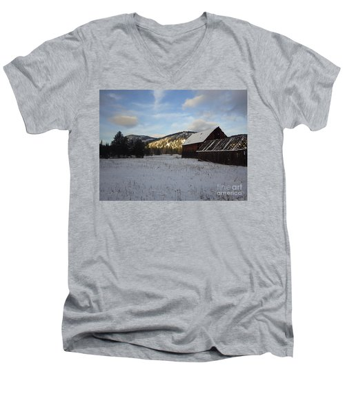 Men's V-Neck T-Shirt featuring the photograph Old Barn 2 by Victor K