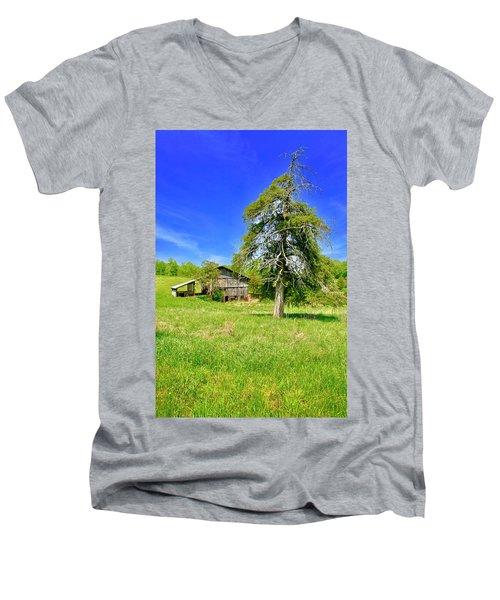 Old Barn, Smith Mountain Lake Men's V-Neck T-Shirt