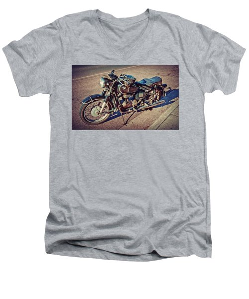 Old Beamer Motorcycle Men's V-Neck T-Shirt