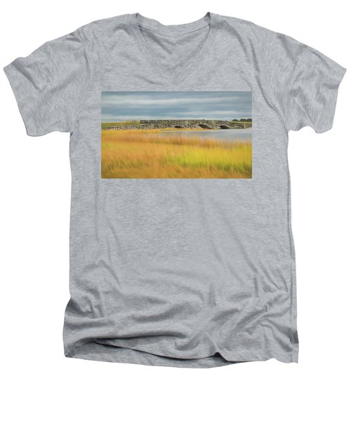 Old Bridge In Autumn Men's V-Neck T-Shirt