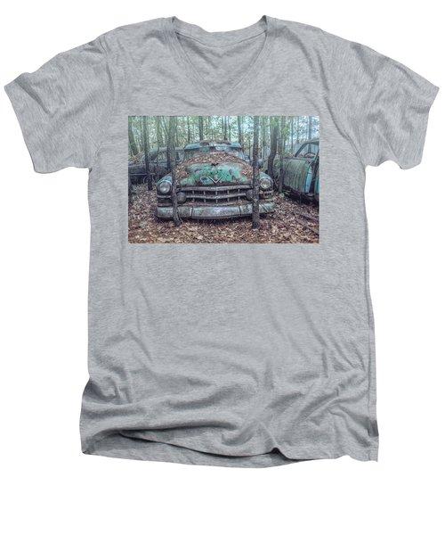 Old Caddy Men's V-Neck T-Shirt
