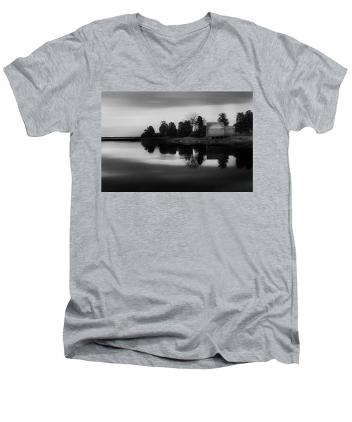 Men's V-Neck T-Shirt featuring the photograph Old Cape Cod by Bill Wakeley