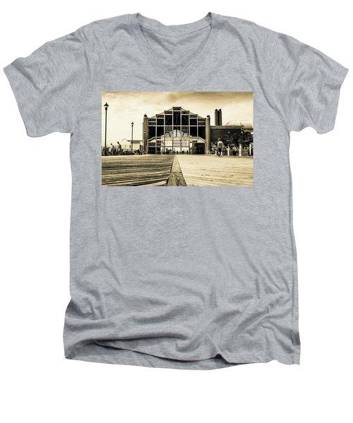 Old Casino Men's V-Neck T-Shirt