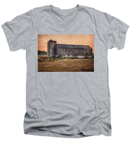 Old Country Barn Men's V-Neck T-Shirt