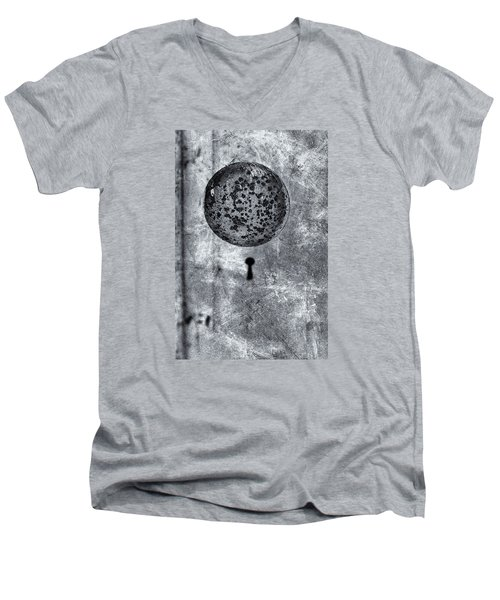 Men's V-Neck T-Shirt featuring the photograph Old Doorknob by Tom Singleton