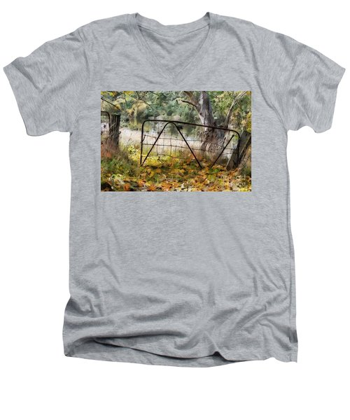 Old Farm Gate Men's V-Neck T-Shirt