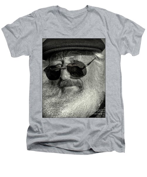 Old Man And The Sea Men's V-Neck T-Shirt