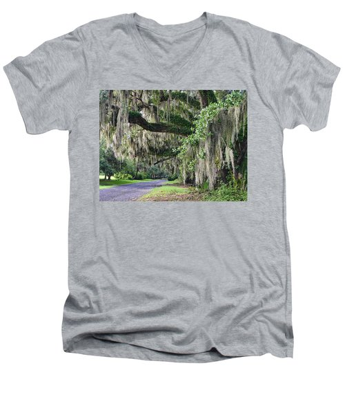 Old Plantation Road Men's V-Neck T-Shirt