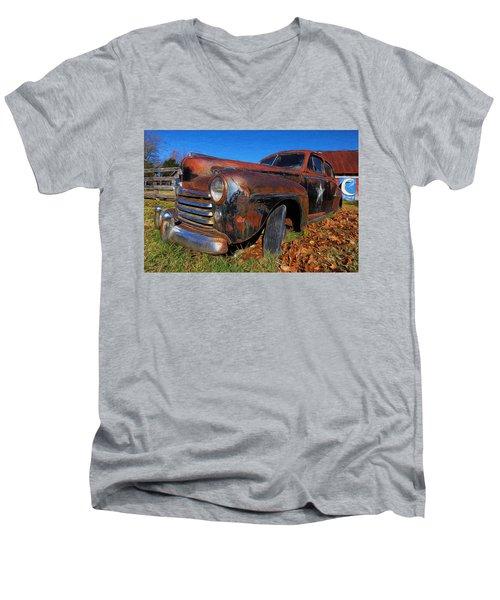 Old Police Car Men's V-Neck T-Shirt
