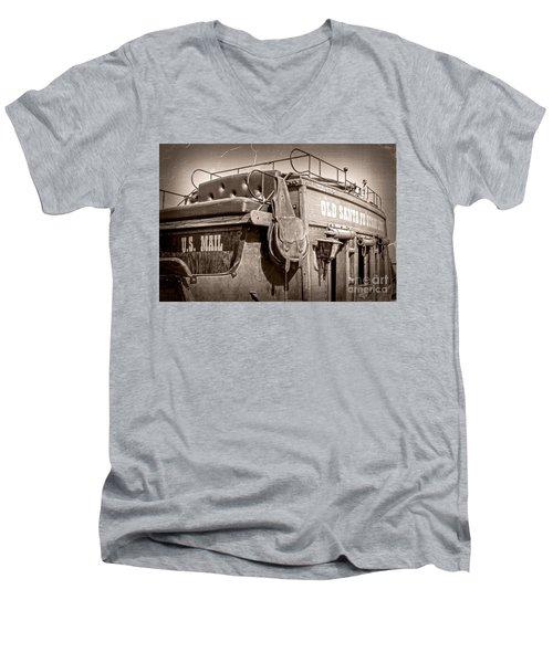 Old Santa Fe Stagecoach Men's V-Neck T-Shirt
