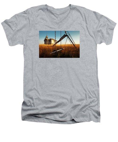 Old Savoy Schoolhouse Men's V-Neck T-Shirt