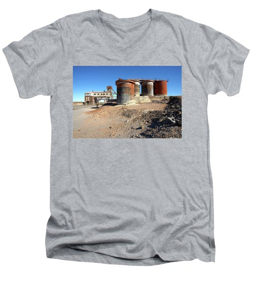 Old Silver Mine Broken Hill Men's V-Neck T-Shirt