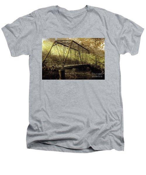 Old Spirit Men's V-Neck T-Shirt