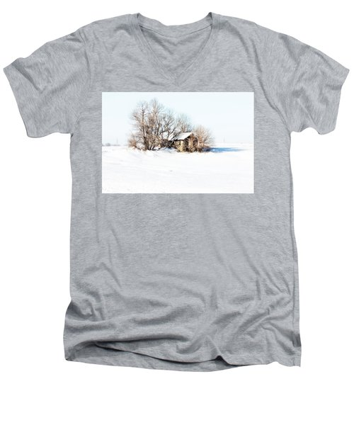 Men's V-Neck T-Shirt featuring the photograph Old  Stone House Milford by Julie Hamilton