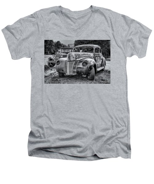 Old Warrior - 1940 Ford Race Car Men's V-Neck T-Shirt