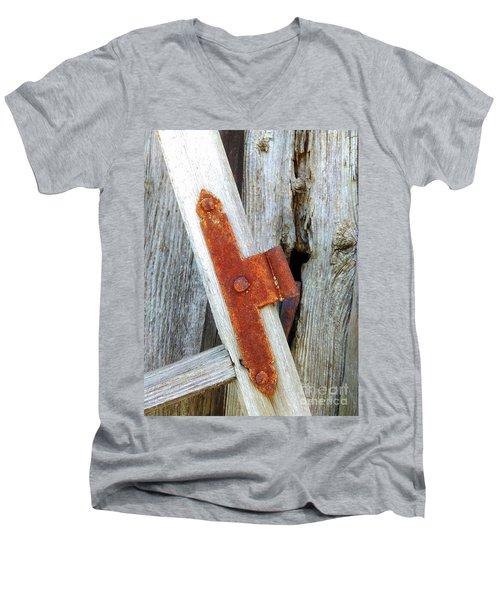 Old Window Men's V-Neck T-Shirt