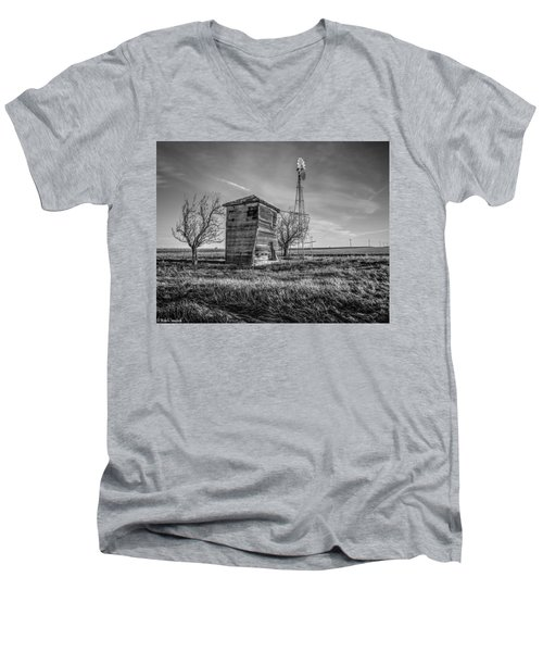 Old Windpump Men's V-Neck T-Shirt