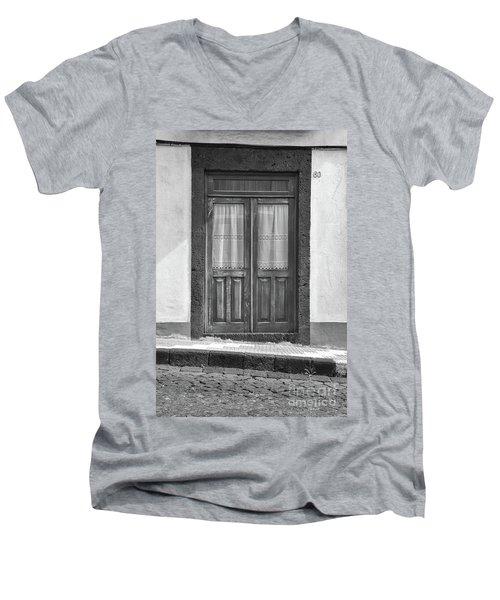 Old Wooden House Door Men's V-Neck T-Shirt