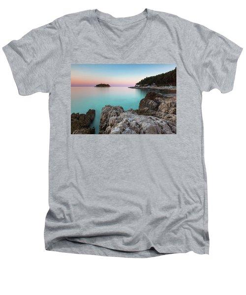 On The Beach In Dawn Men's V-Neck T-Shirt