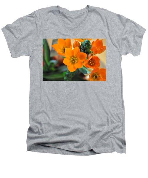 Orange Star Men's V-Neck T-Shirt