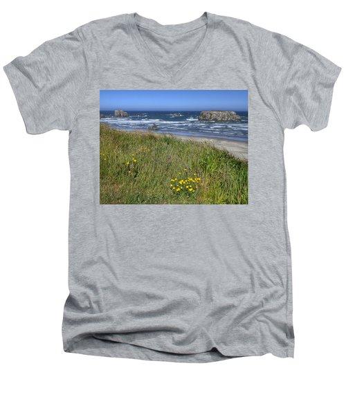 Oregon Beauty Men's V-Neck T-Shirt