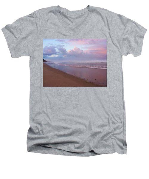 Oregon Coast 14 Men's V-Neck T-Shirt