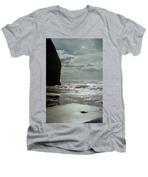 Oregon Coast 5 Men's V-Neck T-Shirt