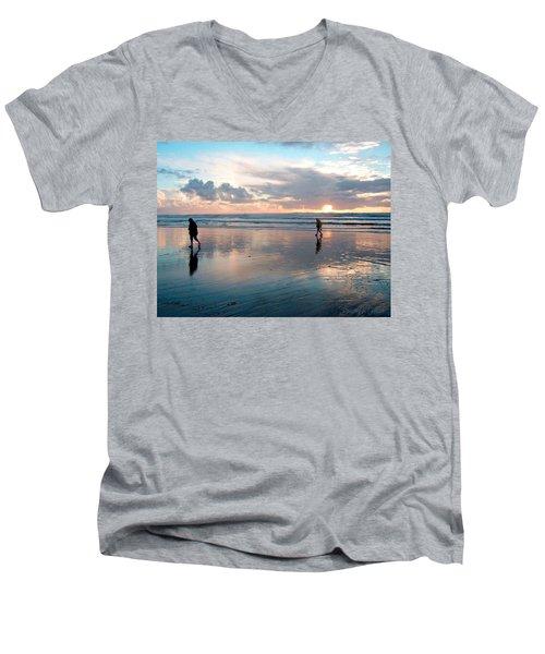 Oregon Coast 7 Men's V-Neck T-Shirt