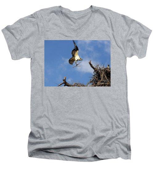 Osprey Teamwork Men's V-Neck T-Shirt