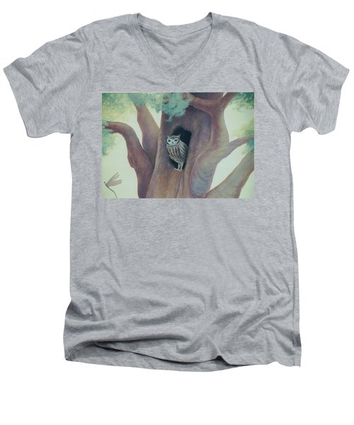 Owl In Tree Men's V-Neck T-Shirt