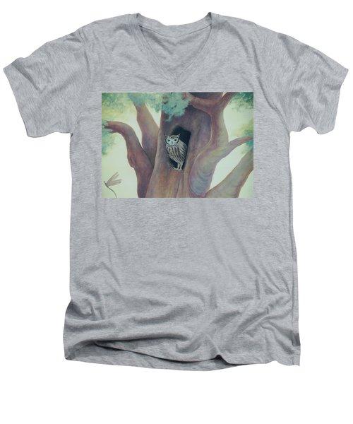 Owl In Tree Men's V-Neck T-Shirt